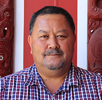 UCOL Institutional Medal Winner Mike Kawana